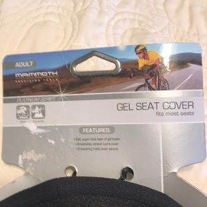 mammoth Other - ❤️NWT Memory Foam Bike Seat Cover